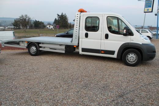 abschleppwagen mieten pkw transporter autotransporter. Black Bedroom Furniture Sets. Home Design Ideas