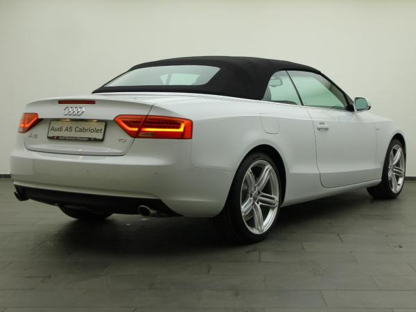 Audi - Audi A5 Cabriolet 3.0 TDI multitr. (Facelift)