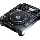 Pioneer CDJ 2000 CD Player/ CDJ2000, CDJ-2000 NXS Nexus, CDJ-1000, CD-Player, CD, MP3, Multimedia, Multiformat, SD-Card, SD, Kartenleser, Cardreader, 350, 400, 800, 850, 900 und 1000, DJ-Player, DJ-Set, DJ Controller, rekordbox, USB
