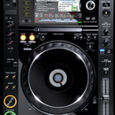 Pioneer CDJ 2000 Multi Player / DJ CD-Player