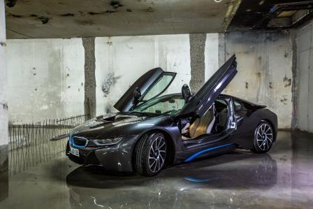 bmw i8 hybridsportwagen ab 99 selbst fahren bmw 2622126549. Black Bedroom Furniture Sets. Home Design Ideas