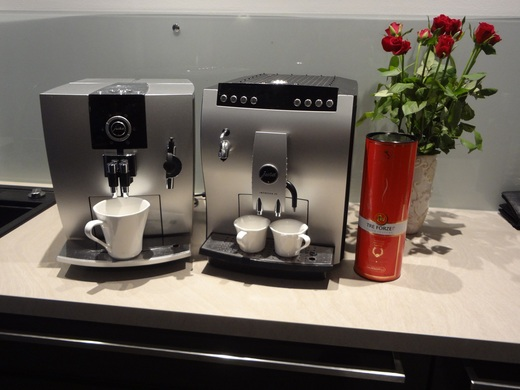 kaffeemaschine, espressomaschine, kaffeevollautomat, jura  ~ Kaffeemaschine Mieten Berlin