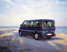 Opel Vivaro Combi L2H1 Bus 2,5 CDTI, Bus mieten, 9-Sitzer mieten, Mehrsitzer mieten, D&uuml;sseldorf, Ratingen, Urlaubsbus mieten, Kegeltour, Bus mieten, T5 mieten aus Dsseldorf bei erento.com