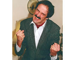 John Cleese (Edmond Wells) from Staffordshire on erento.co.uk