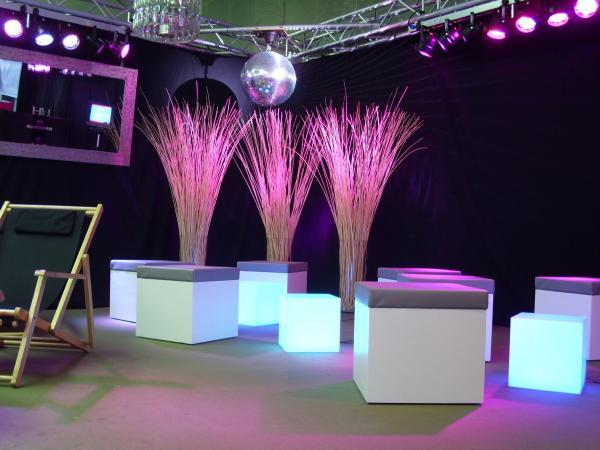 lounge m bel hocker tisch loungecube loungehocker led. Black Bedroom Furniture Sets. Home Design Ideas