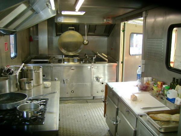 gastronomie mobile k che home design ideen. Black Bedroom Furniture Sets. Home Design Ideas