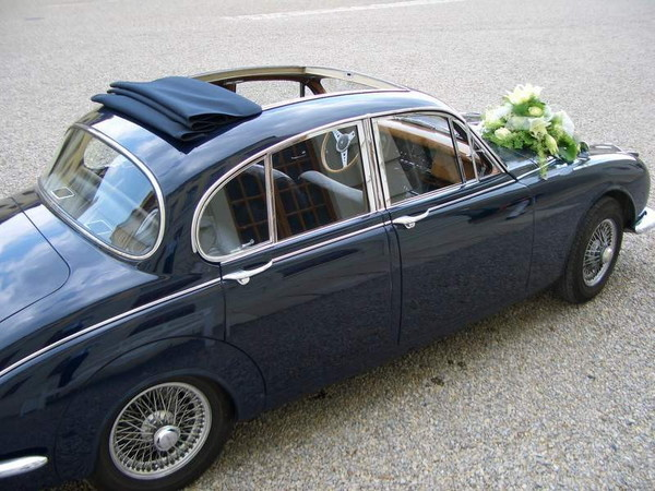 Oldtimer - Jaguar MK II  340 Saloon