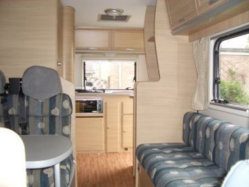 2008 Auto Roller 500 /5 Berth Motorhome from Cambridgeshire, East Midlands on erento.net