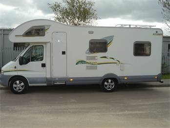 Swift Suntor 630L - 6 Berth - Malvern nr. Gloucester