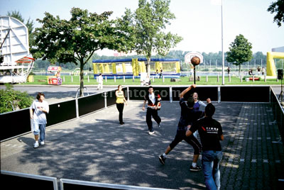 Spiel, Sport & Teamevent - Basketball Court 6 x 12m / Street Basketball