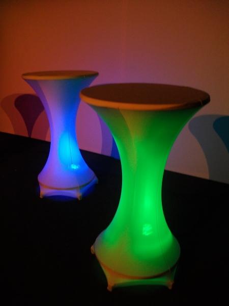 stehtisch beleuchtung akku ersatzteile zu dem fahrrad. Black Bedroom Furniture Sets. Home Design Ideas