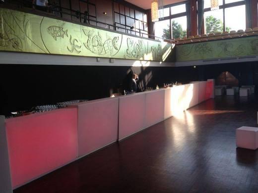led bar cocktailbar theke tresen beleuchtete bar. Black Bedroom Furniture Sets. Home Design Ideas