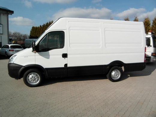Transporter - Iveco Daily 35 S 11