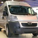 Transporter bis 3, 5 t Kastenwagen Peugeot Boxer (Sprinter) HDI Klima WE 220EUR ink 800 km.
