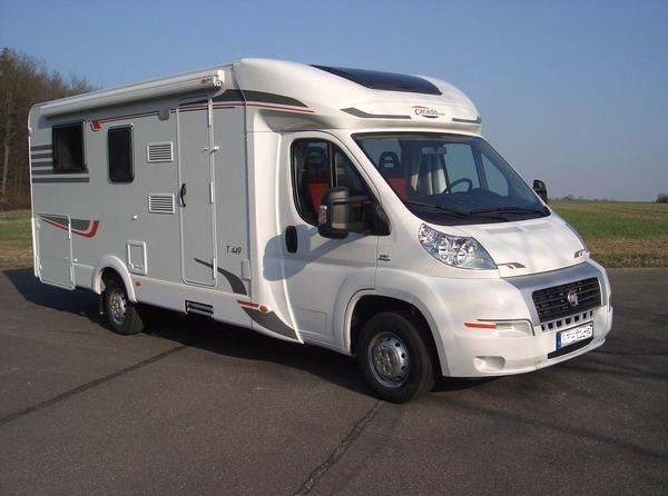 Wohnmobil Teilintegriert Carado T449 ( Hymer) ,130 PS, Klima,Tempomat, Queensbett, Raumbad, uvm. 