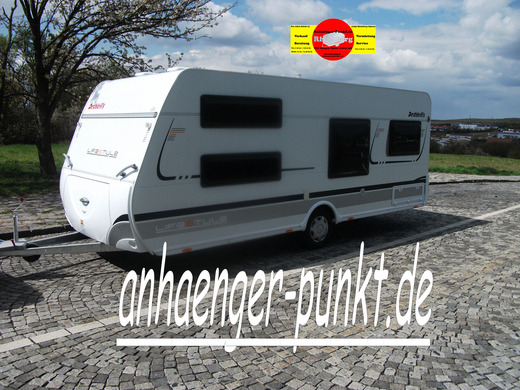 LUXUS Wohnwagen Ideal f. Winter Fussbodenheizung WC / TV BAR TOP - MODELL