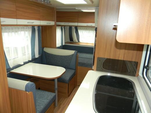 wohnwagen caravan weinsberg caraone 480 qdk xxl mit k hlschrank und wohnwagen 1278689156. Black Bedroom Furniture Sets. Home Design Ideas