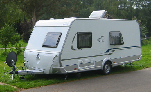 wohnwagen wilk vida 490 km nahezu voll ausgestattet wohnwagen 1505757193. Black Bedroom Furniture Sets. Home Design Ideas