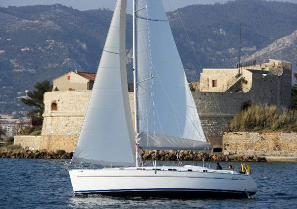 Sailing Boat Vino Tinto - Palma de Mallorca (4Cab)
