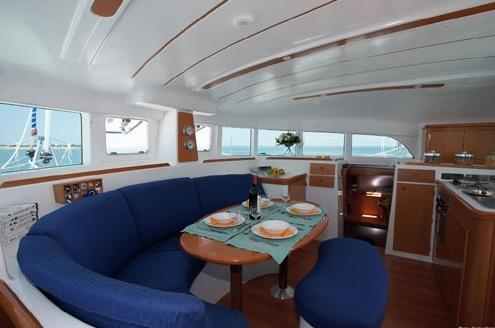 Segelyacht Lagoon 380 (6Cab) aus www.rentabo.com bei erento.com