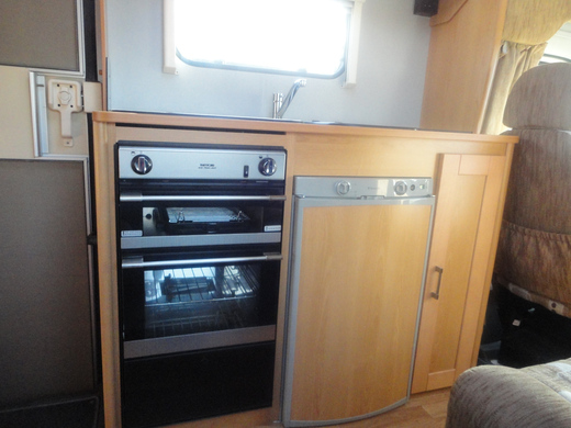 ELDDIS SUNSTYLE 180 6 berth with all the extras including gas central heating, h/c water, shower w/c, tv, fridge, and lots more from Cambridgeshire, East Midlands on erento.co.uk